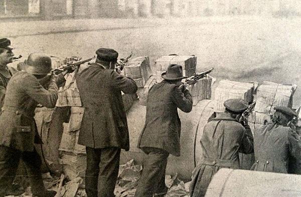 Восстание спартаковцев под предводительством Либкнехта и Люксембург, 1919.